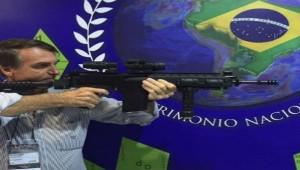 Bolsonaro, o exterminador do futuro